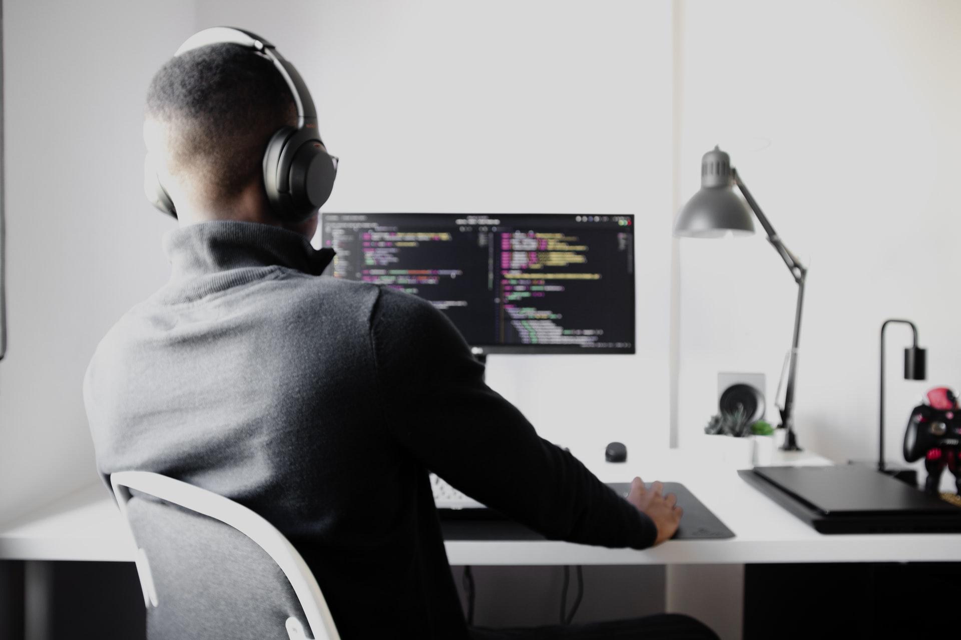 https://f.hubspotusercontent20.net/hubfs/5241322/bilder/blogg/teknologi-rekruttering/rekruttering-utviklere.jpg
